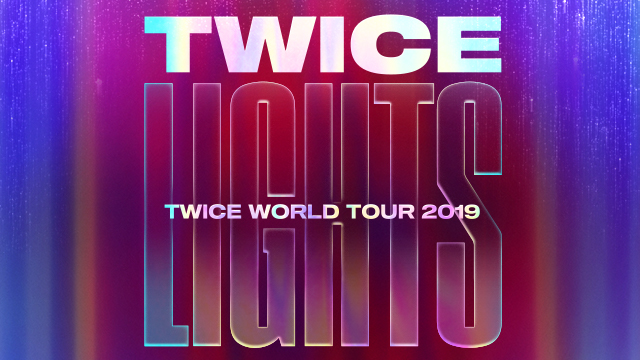 TWICE WORLD TOUR 2019 'TWICELIGHTS'