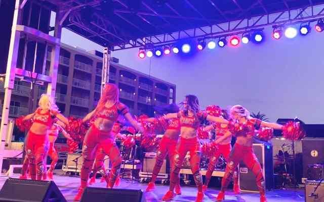 Buccaneer Cheerleaders.jpg Buccaneer Cheerleaders.jpg