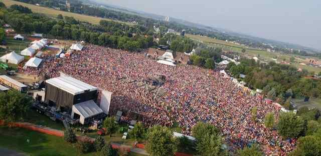 Overhead Crowd Shot.jpg Overhead Crowd Shot.jpg